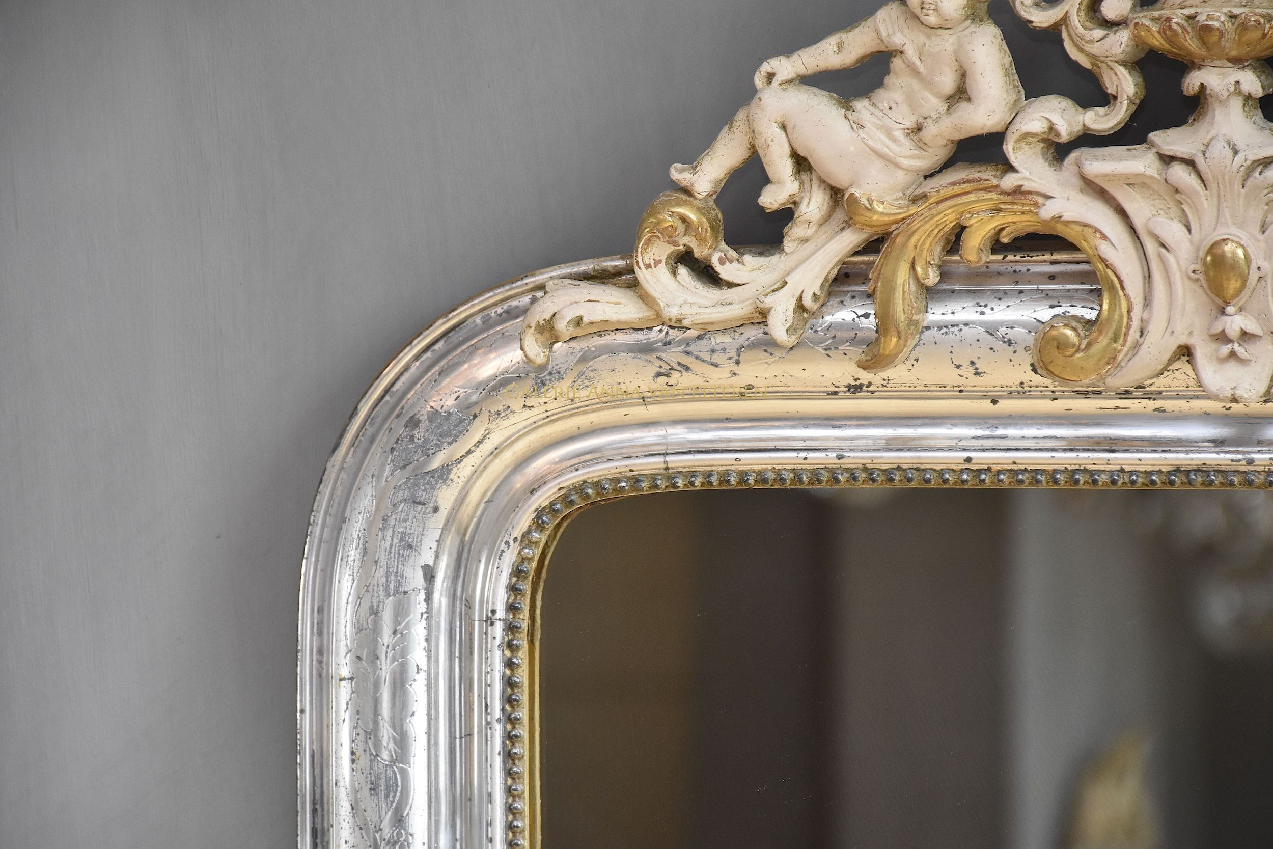 19th c. French mirror Louis-Philippe with a crest