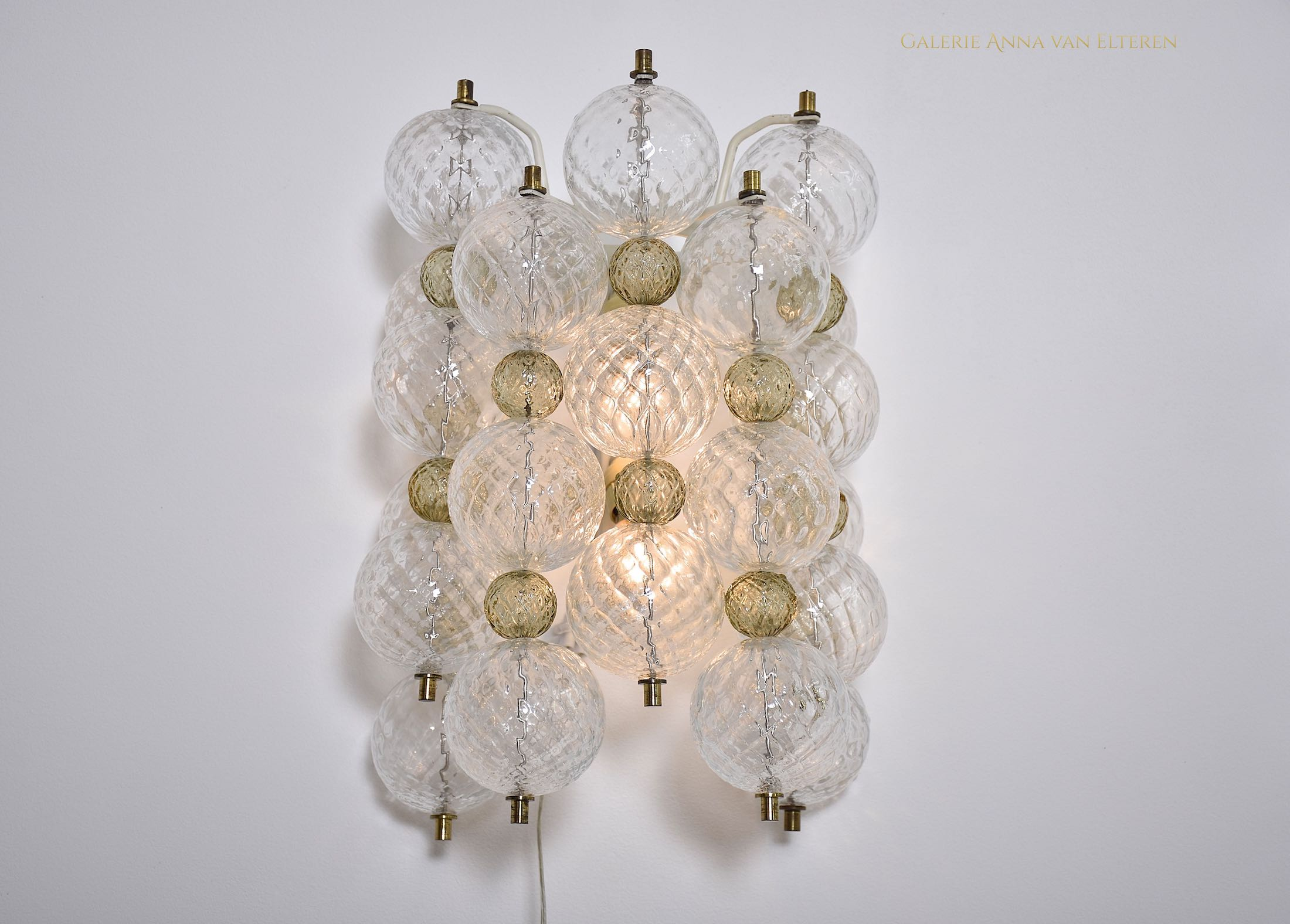 Set of Venini Murano chandelier & wall sconces 'Balloton'