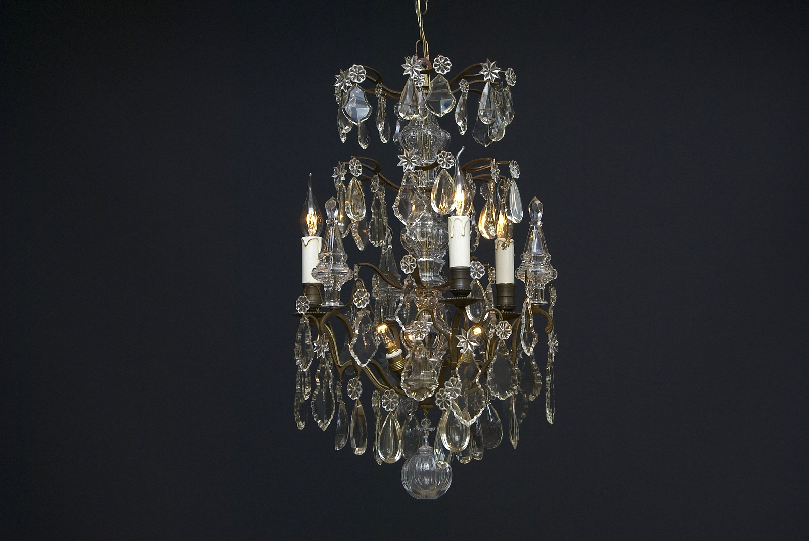 Late 19th century French crystal chandelier with 6 light