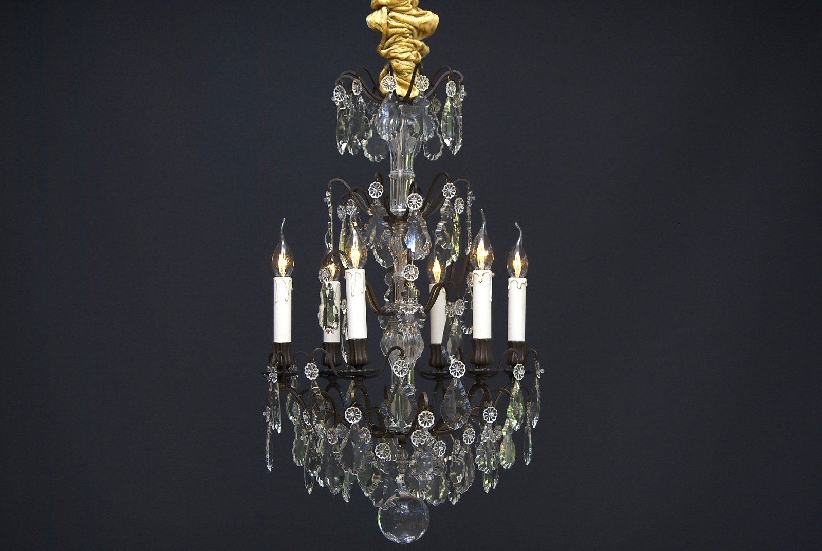 A 19th century French crystal chandelier with 6 light