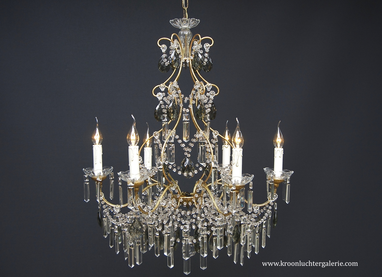 A 20th century Italian chandelier with 6 light