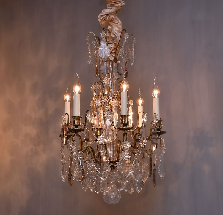 Antique French chandelier with 9 light