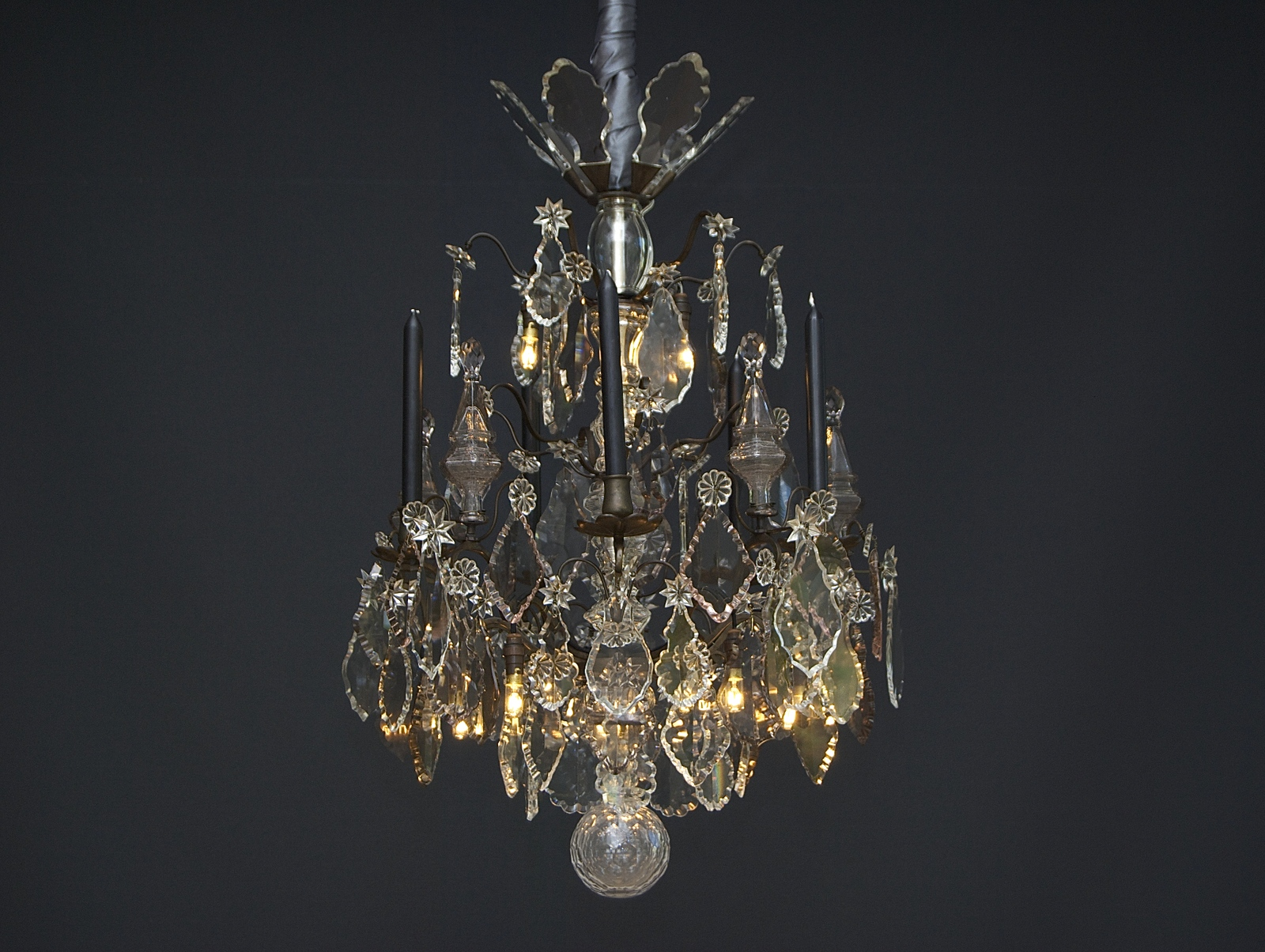 French chandelier 'lustre a tige'